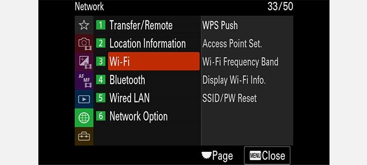 Immagine di un menu su schermo con configurazioni di rete