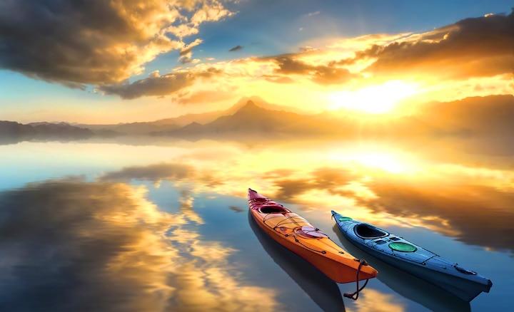 Immagine di barche su un lago, con maggiore profondità e texture più realistiche.