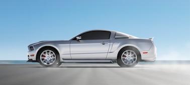 Slika premikajočega se avtomobila z OLED XR Motion Clarity